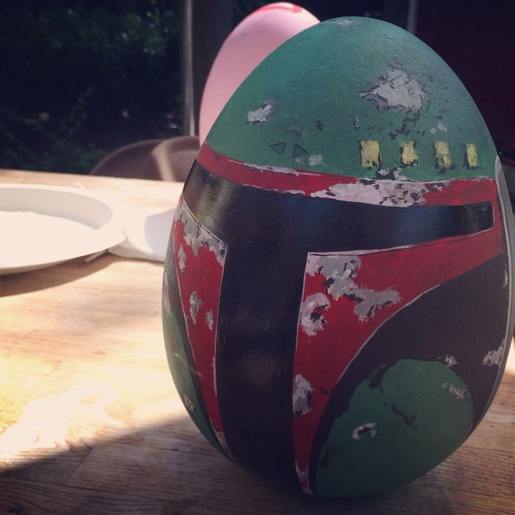 Star Wars decorated Easter egg. Pretty cool!