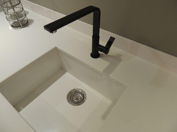Witte Keuken Spoelbak : Spoelbak onderbouw in hetzelfde composiet als ...