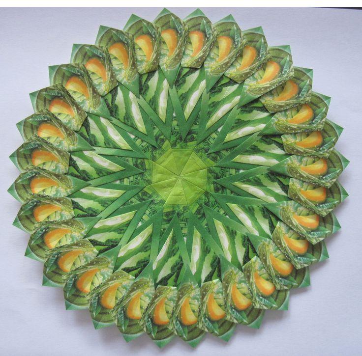 mandala 20cm doorsnede, gemaakt door Ingrid