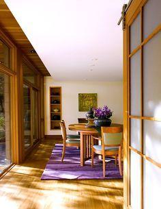 Choose the Perfect Dining Room Rug www.bocadolobo.com #bocadolobo #luxuryfurniture #interiodesign #designideas