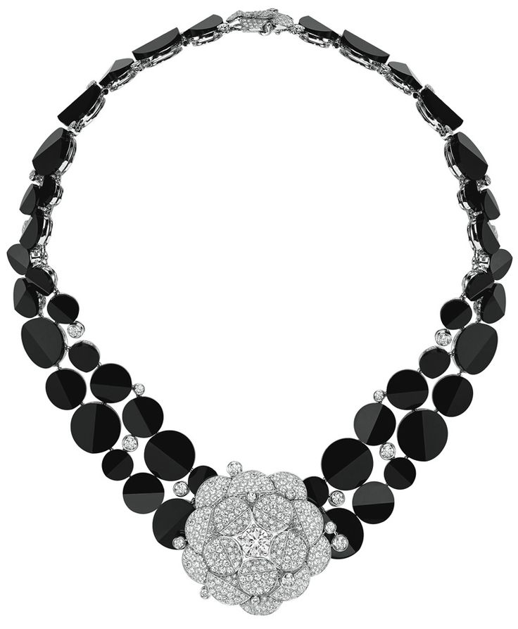 Chanel: 18K white gold set with 3 #BrilliantCut - #Diamonds (6 cts), 697 brilliant cut diamonds (22.2 cts) and carved onyx - July 2014