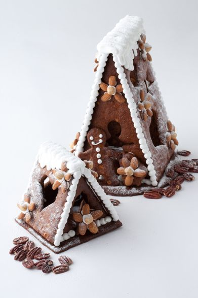 Gingerbread Houses from The Peninsula Boutique & Café at The Peninsula Tokyo