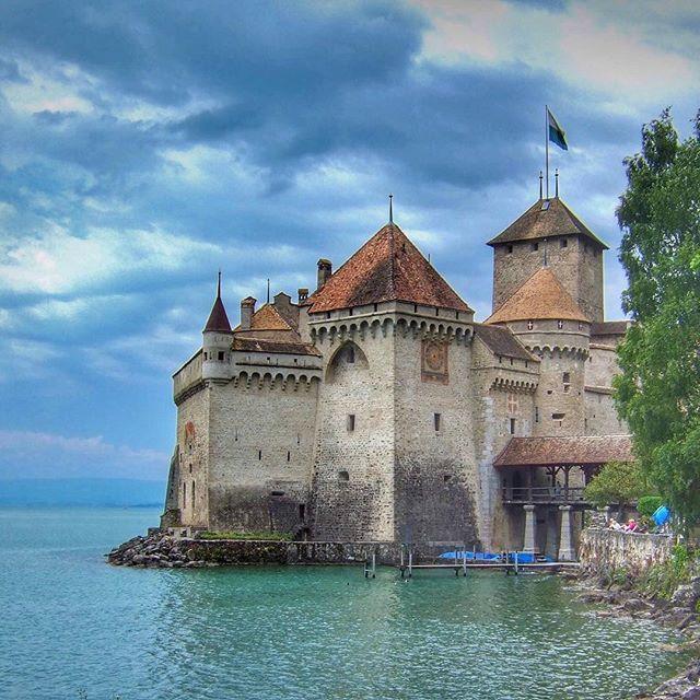 https://gelatotravel.com/category/castles/