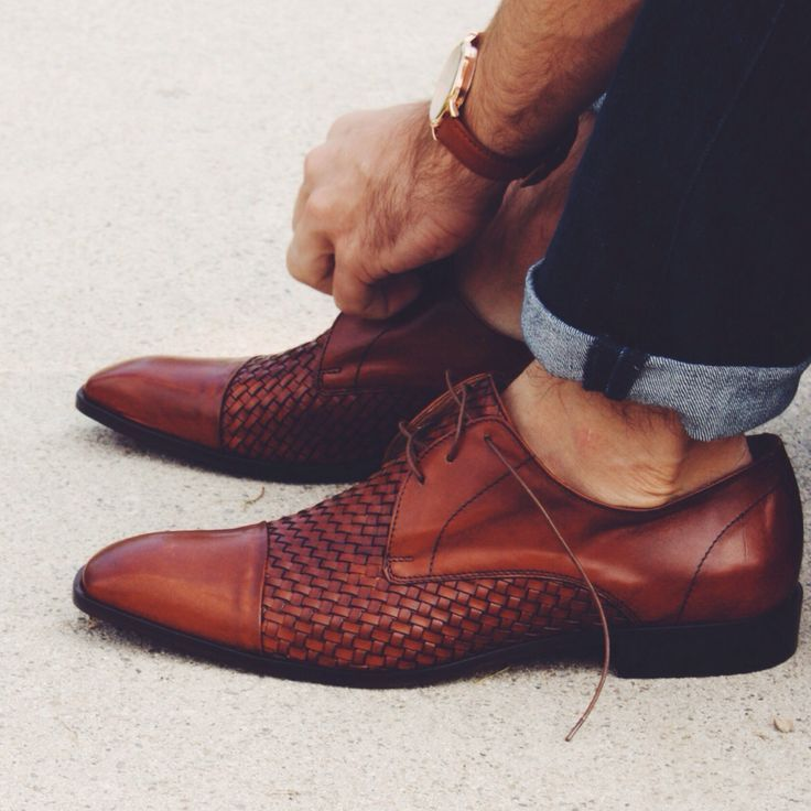 Going Sockless With Confidence