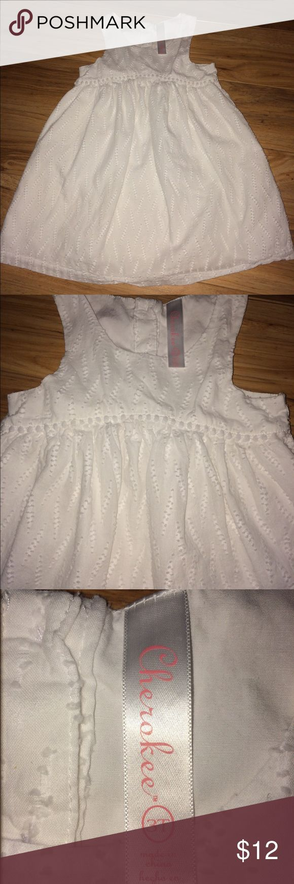 Cherokee white cotton dress Darling sleeveless 100% cotton sundress. This is Cherokee brand and in excellent used condition. There are 3 buttons in the back to make it easier to put on your baby girl! Cherokee Dresses Casual