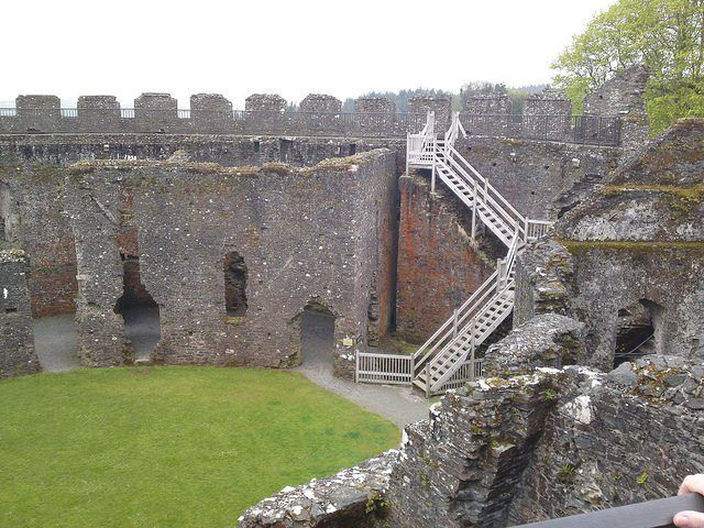 Notable for its perfect circular design, Restormel Castle is one of the oldest and best preserved Norman motte-and-bailey castles in Cornwall - Abandoned Spaces