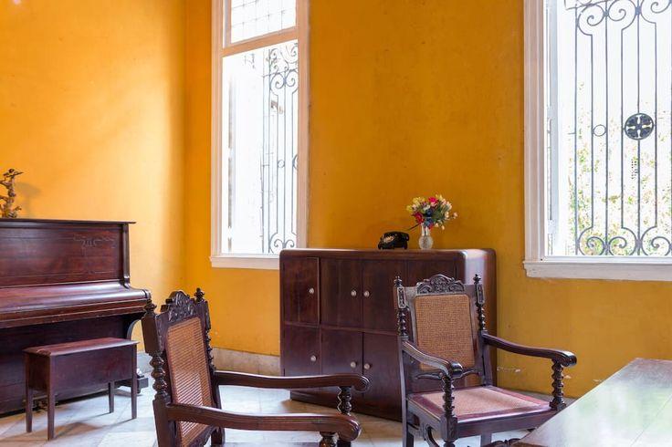 Mansion Colonial en La Habana, Cuba - Casas en alquiler en Vedado