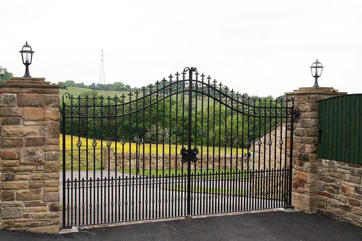 Kingsbury wrought iron gates are perfect for any driveway. 0% finance available. Visit Europe's largest Wrought Iron electric gate showroom.