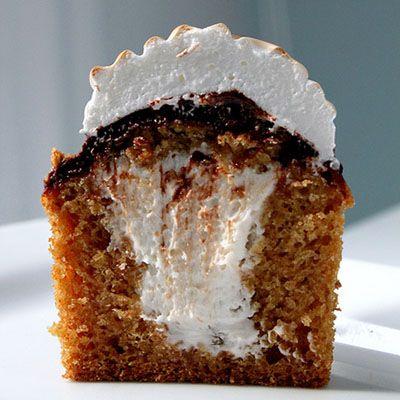Smore Graham Cracker Cupcakes - next gourmet cupcakes for us??