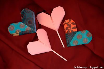 Serduszko origami ze słodką niespodzianką ;)  #serce #serduszko #serceorigami #origami #heart #origamiheart #lizak #lollipop #Walentynki #ValentinesDay #sposobwykonania #DIY #jakzrobic #instrukcja #howto #handmade #papercraft #instruction #lubietworzyc