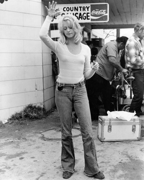 206 Best Goldie Hawn Images On Pinterest  Celebrities