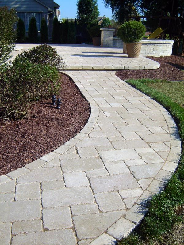 Best 25 front yard walkway ideas on pinterest front for Pool paving ideas