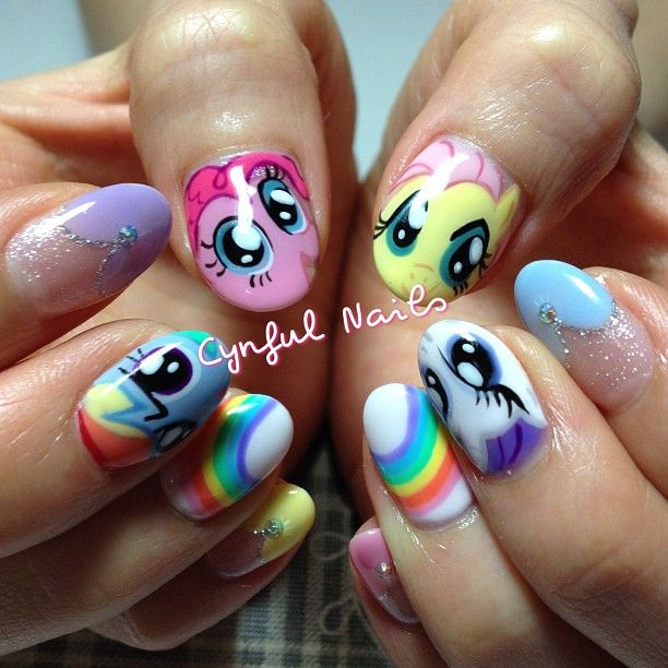 L0VE. they wouldn't do little pony at my nail shop, those hoes!