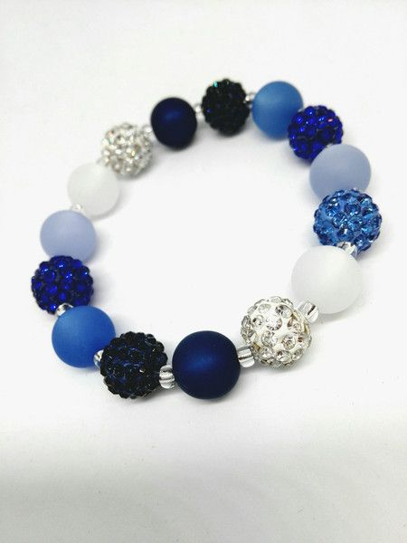 Armbänder - Armband blau Strass küsst Polaris Blautöne bling - ein Designerstück von Oase-der-Perlen bei DaWanda