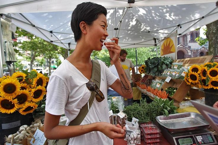 """A top chef in town, and she's just 29  How Kristen Kish made the leap from line-cook to 'Top Chef' to rising star of Boston's culinary scene  By Joseph P. Kahn 
