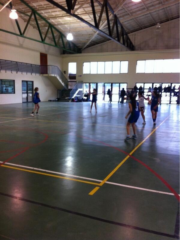 Colegio Valle del Aconcagua se titula campeon comunal de balonmano femenino #quillota