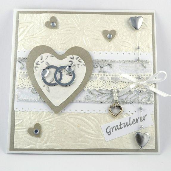 Vakkert bryllupskort, hjerte med gifteringer