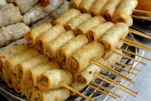 Cha gio - Fried spring rolls - authentic Vietnamese recipe from the streets of Hoi An, Vietnam (source: my personnal food and travel blog / vlog with recipes, authentic video recipes, street food, food and travel documentary, travel info and more. Welcome! :) )