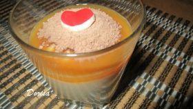 Krupicová kaša s karamelovým topingom