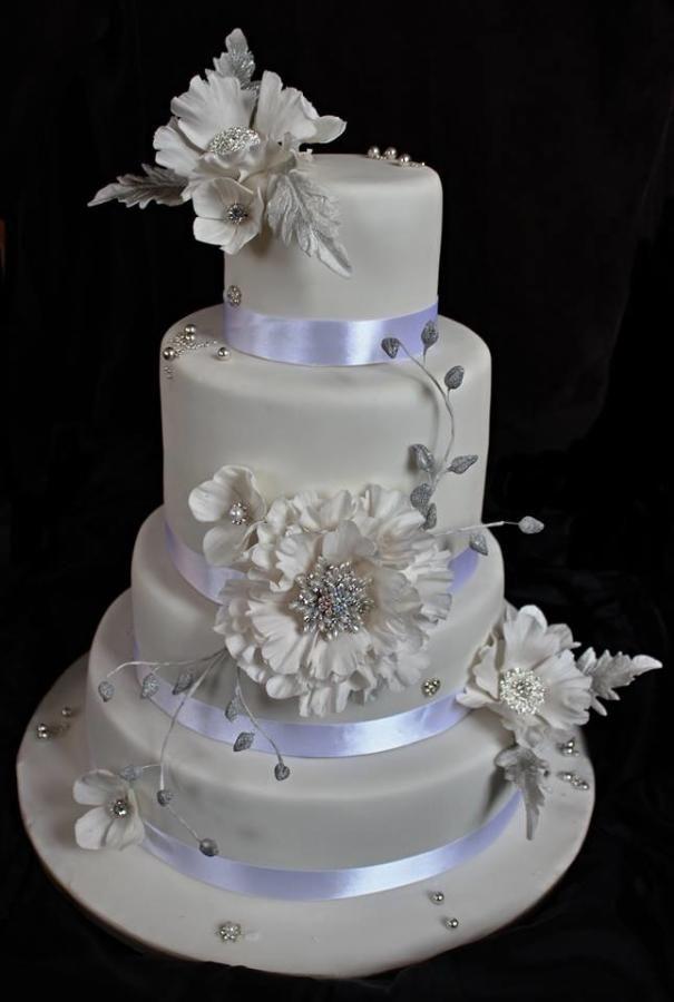 Svatební  dort z broží  - Cake by matahary
