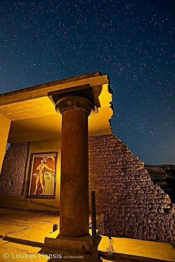 GREECE CHANNEL | The bright palace of #Knossos Heraklion, #Crete, #Greece http://www.greece-channel.com