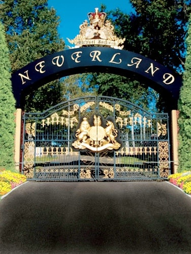 Neverland Ranch Gates (Been there) <3 MJ