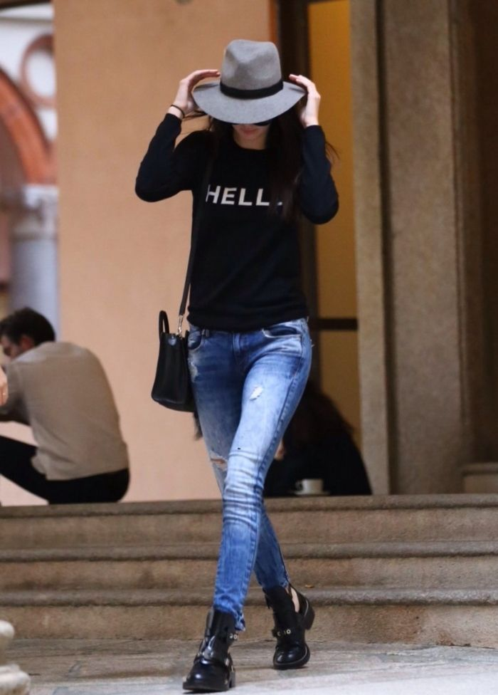 Kendall Jenner Snapped in Skinny Jeans