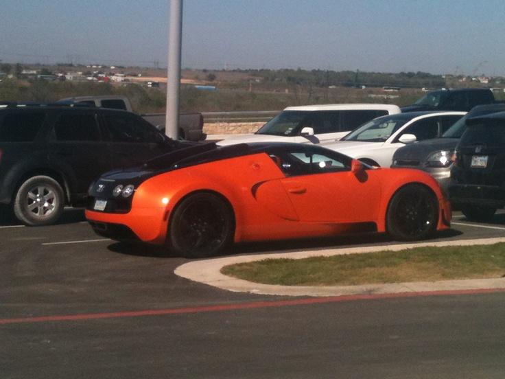 Bugatti Veyron @ circuit of the americas.