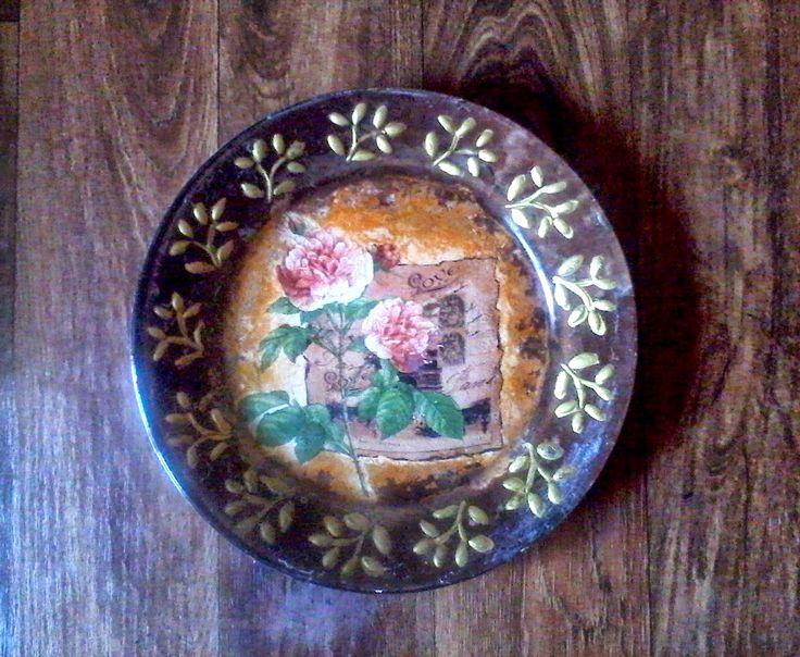 Arta de a fi creativ: platouri cu floricele