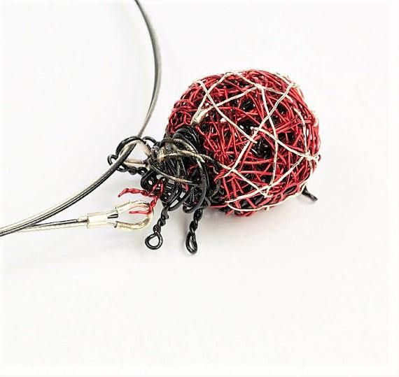 Ladybug necklace, ladybug jewelry, wire sculpture, red necklace, ladybird, insect art necklace, hippie, Christmas gift, birthday gift women  This is a handmade ladybug wire sculpture art necklace, ladybug jewelry made of colored copper wire and silver. The overall size of the red ladybird, statement necklace insect, summer jewelry is 2.8 cm (1.1). The funny jewelry ladybird birthday gift women, hanging from steel wire and the clip is handmade silver. Very easy and safe to snap.