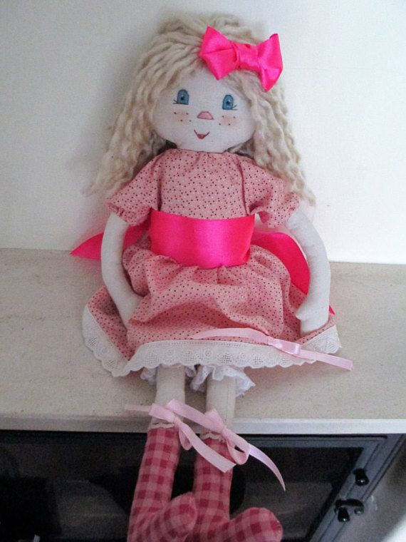 Check out this item in my Etsy shop https://www.etsy.com/pt/listing/227627360/blond-fabric-doll-a-perfect-gift-for-a