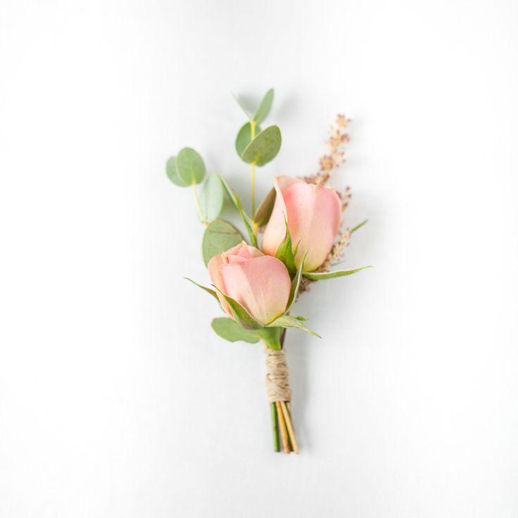 Peaches & Mint Boutonniere – Pops of Plum
