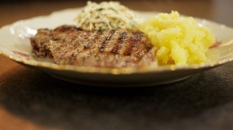 Eén - Dagelijkse kost - spiering met geplette aardappelen en knolseldersalade   Eén