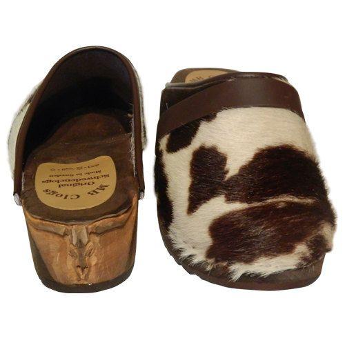 Este Zuecos de los zuecos de marca MB son adecuados por ejemplo para médicos y enfermeras. La ligera suela de madera es muy cómoda para los pies, para que pueda funcionar todo el día de los zuecos sin síntoma. Gracias a los Gummiüberzugs, los zapatos son prácticamente silenciosos. Los zuecos