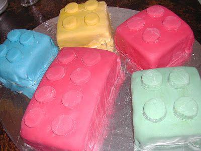 Παίζουμε μαζί: Πώς να κάνετε παιδί σας ένα υπέροχο παιδικό πάρτι γενεθλίων με θέμα Lego!