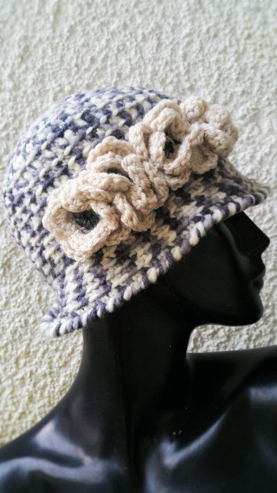 Guarda questo articolo nel mio negozio Etsy https://www.etsy.com/it/listing/251675454/cappellino-in-lana-colore-grigio
