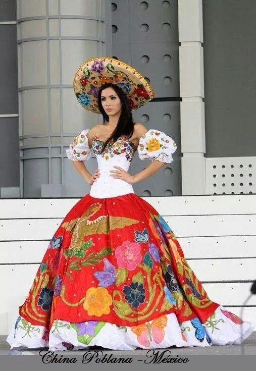 China poblana, traje tipico del Estado de Puebla, Mexico