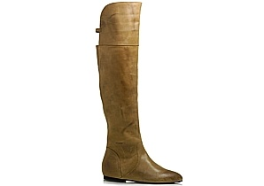 $120 Leather over the knee boot with rear gusset & three quarter length inside zip. Featuring gum sole. Full length from floor to top of boot of a size 7 is approx. 56cm