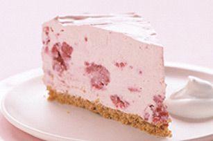 Fruity Frozen Cheesecake Recipe - Raspberries are ripe!  Perfect time to make this raspberry cheesecake.
