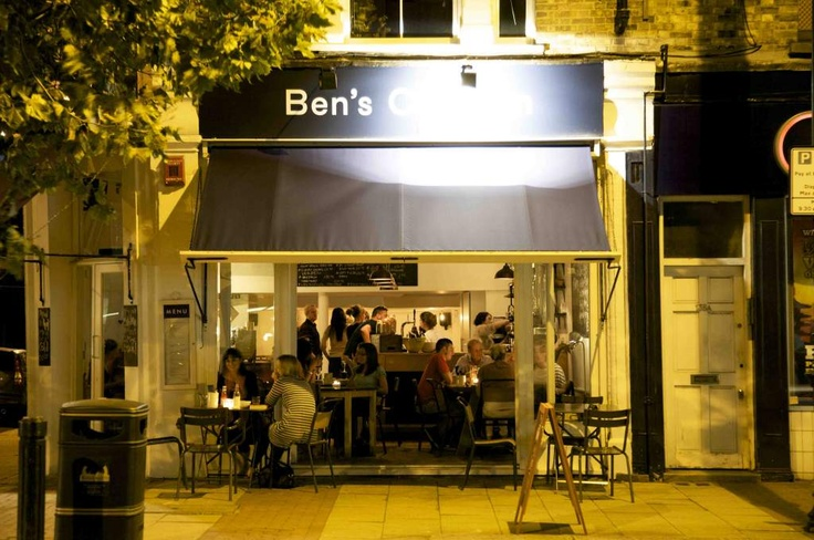 Ben's Canteen on a Summer's night