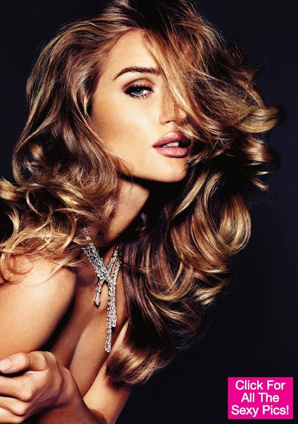 Rosie Huntington-Whiteley Hair Color is awesome..