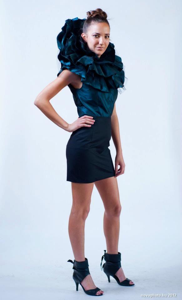 2011/2012 - II. Dark turquoise blouse (inspiration: renaissance fashion) #blouse #fashiondesign #fashion #renaissance #study #work