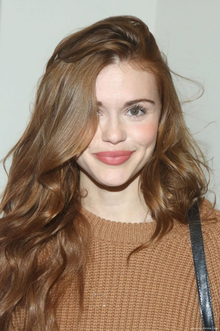 Pin By Lee Ann On Holland Roden Hair Colour For Green