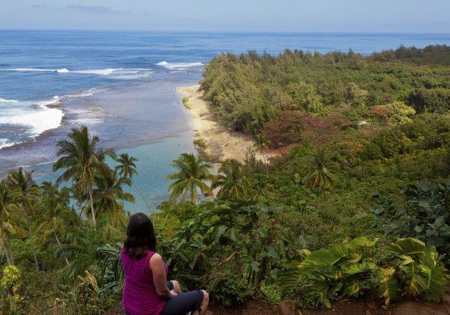 4. Kalalau Trail, Kauai, Hawaï: 17 onvergetelijk mooie kilometers kust.  - © iStock