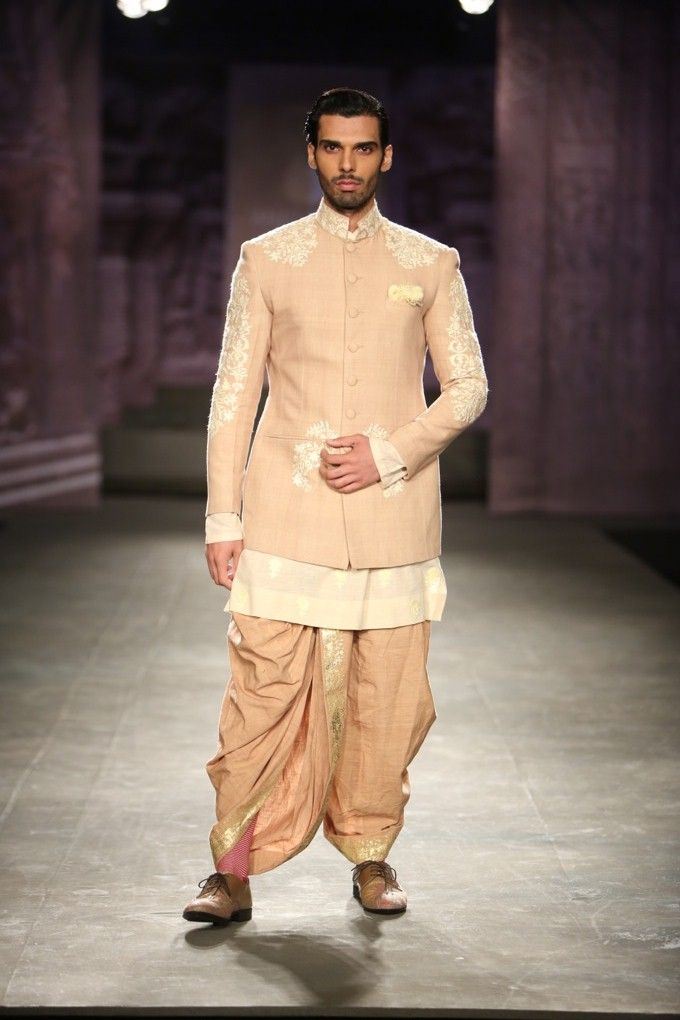 Anju Modi India Couture Week 2014