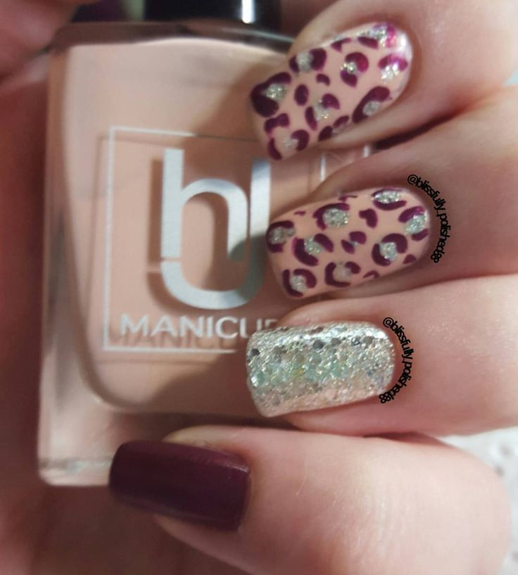 Day 13 of the #31dc2015 it was for animal print so I went for some leopard print hope you like.x  What I used~ @hjmanicure peach blossom @opi_products diva of Geneva @essiepolish hors d'oeuvres  #nailart #nailpolish #nailsoftheday #nailselfie #nailswag #nails #shortnails #nailsofinstagram