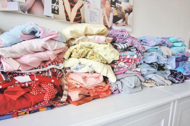Comment faire le tri et réorganiser sa garde-robe ? | Bien habillée