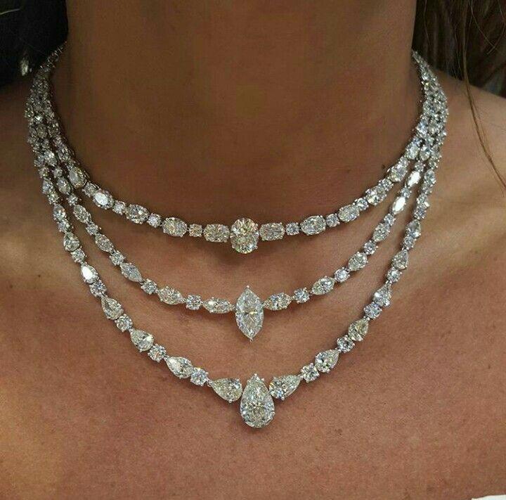 Simply stunning diamond necklace