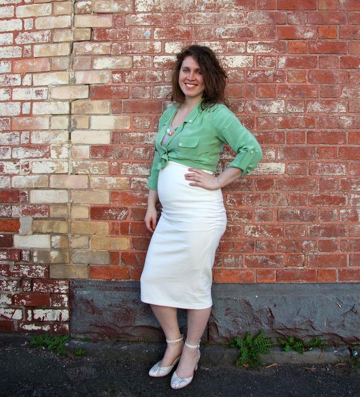 Erin maternity skirt in lovely white ponte