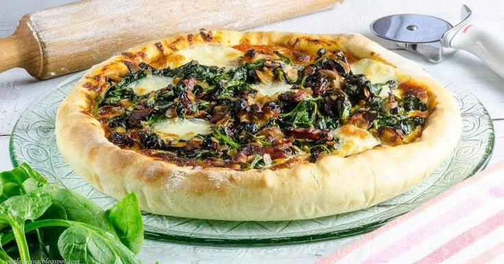 Pizza de espinacas y almendras